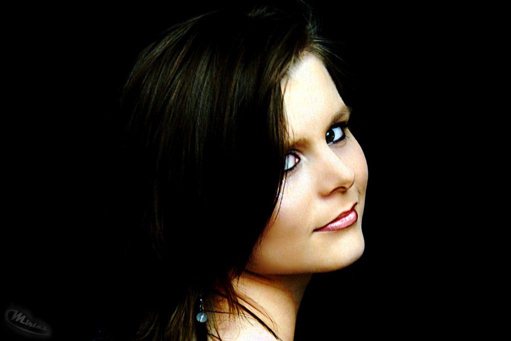 Portraitfotografie - Low-Key-Portrait - Model-Jenny