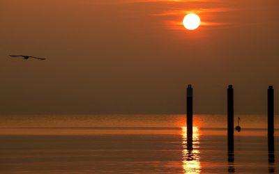 IMG_3491_Schleswig-Holstein_-_Timmendorfer-Strand_-_Sonnenaufgang_über_dem_Meer_kl