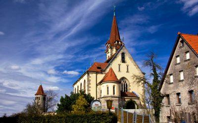Kirche Schoeneberg – Aussenansicht_IMG_4131_25x17_mL_kl